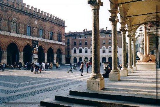 piazza_del_comune-cremona